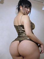 Fotos bootyful oriental cuties with pretty big asses, soaked butt cheeks and fat booty