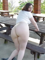 Images of women and cuties with beautiful and soaked big asses. These bubble ass so excited they desire to clap, to knead, to cling to the round booty by face.