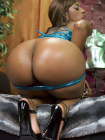 Here u will discover hawt hawt rumps black girls, black models, swarthy moms, non-professional black women, swarthy teens. Beautiful hawt black bitches show their rumps